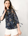 Floral Printed Pleated Blouse With Collar